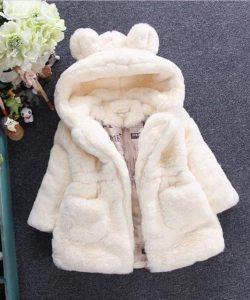 детская куртка для девочки из искусственного меха, мишутка 131017 фотография