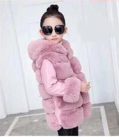 детская шуба для девочки с капюшоном розовая, шик 18761 фотография