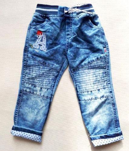 детские джинсы для маленького мальчика на 2-3 года, а 952218 фотография