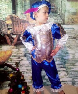 детский карнавальный костюм для мальчика, принц принц фотография