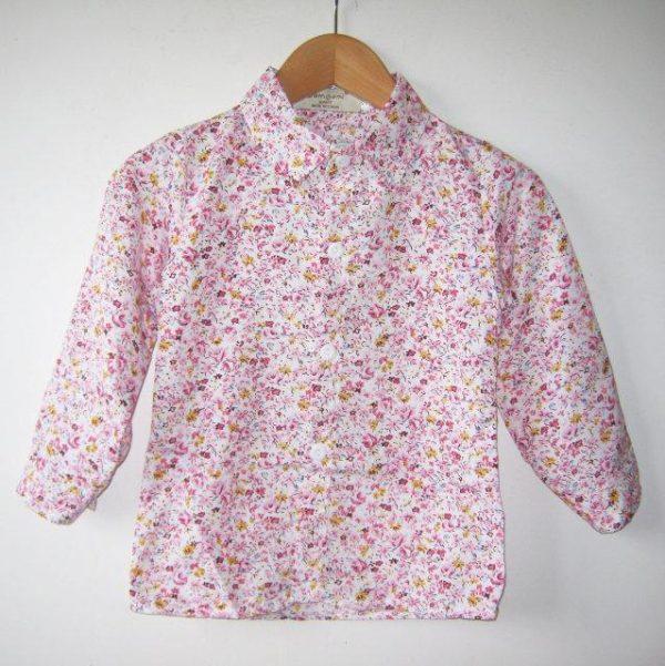 красивая рубашка для девочки модной расцветки 2202177 фотография