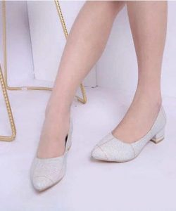 туфли женские на удобном каблуке серебристая клетка 2202191 фотография