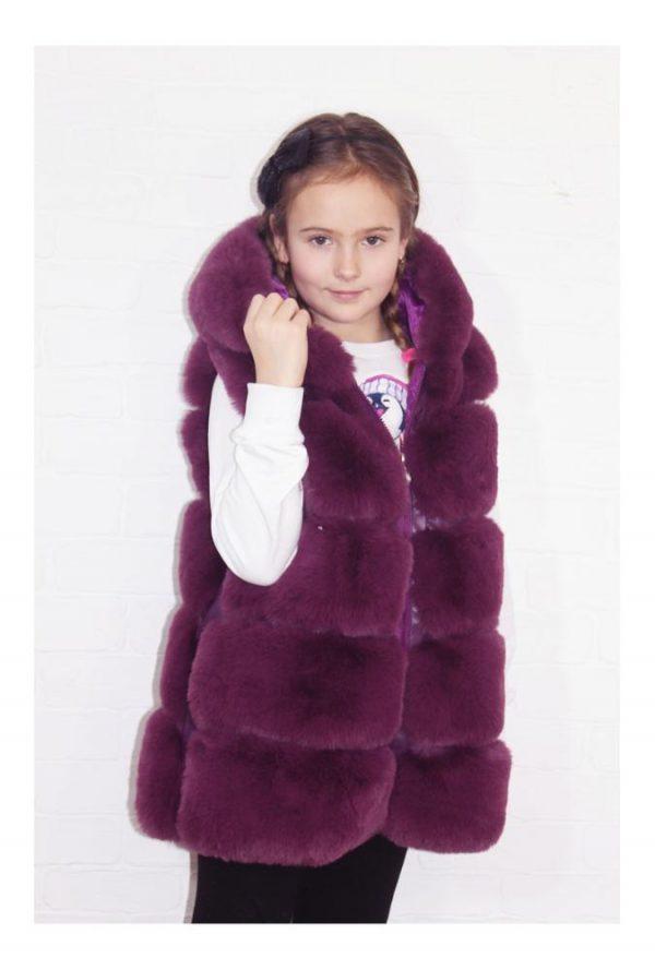 жилет меховой для девочки с капюшоном 260119 фотография