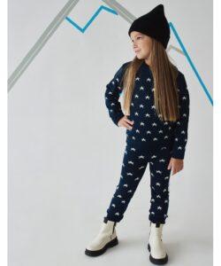 теплый вязаный костюм для девочки звездочки 16300 фотография