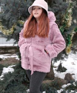 шуба на девочку с капюшоном зимний шик розовая 11220 11220 фотография