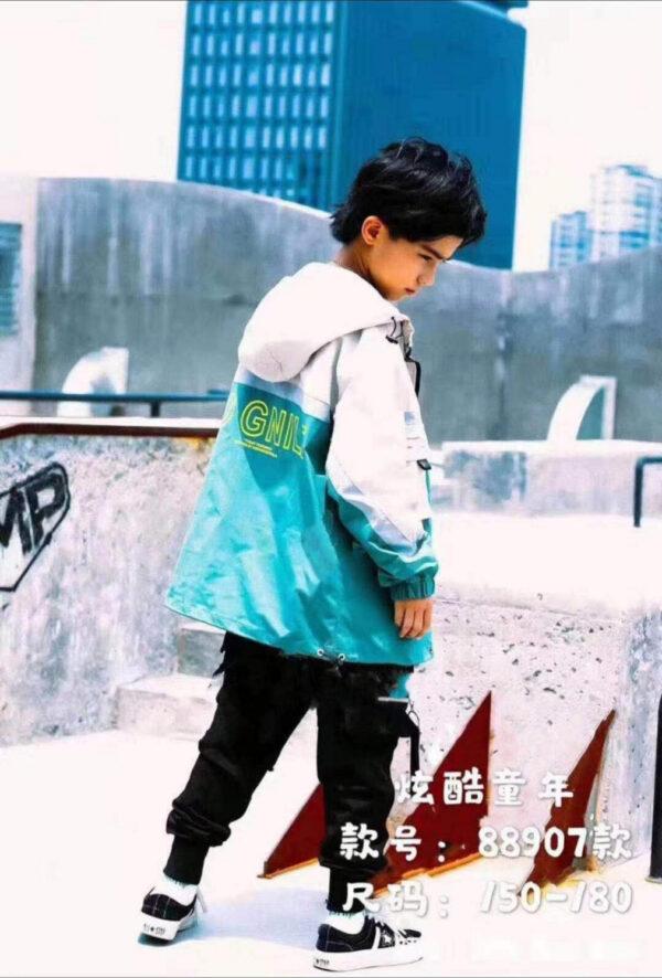 ветровка, легкая куртка на мальчика подростка зеленая 30321 30321 фотография